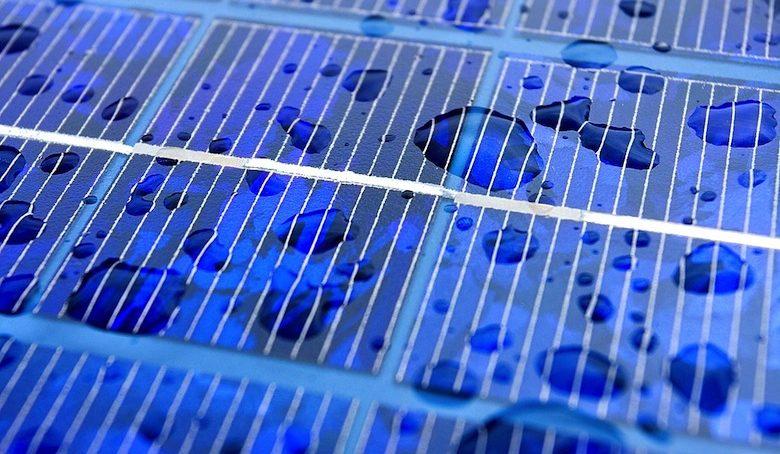 Des panneaux photovoltaiques capables de capter énergie eau pluie et soleil