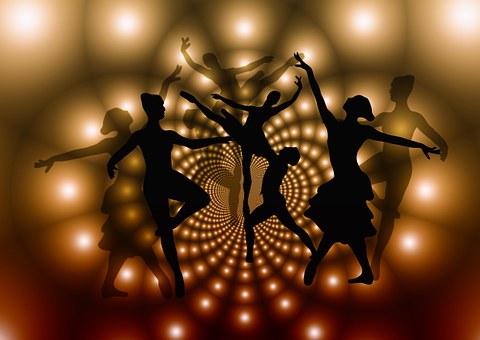 Kenya : une classe de danse classique sort les jeunes d'un des plus grands bidonvilles d'Afrique